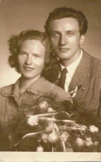 25 - Josef and Blanka Císařovský (wedding photo, 1949)