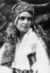 Božena Malypetrová v roce 1923