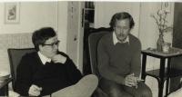 28. 5. 1983 - návrat Václava Bendy s kriminálu, na fotografii spolu s Václavem Havlem