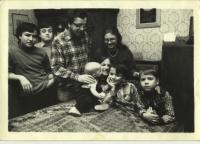 1985 - Václav a Kamila Bendovi s rodinou