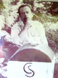 Václav Havel at a boundary stone in the Rychlebské Mountains, where samizdat was being smuggled from Poland