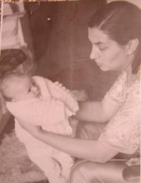 Gabriela Bairová-Stoyanová with her daughter Iva in 1984