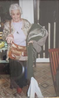Her mother Kina Bairová