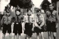 Fotografie ze skautské kroniky