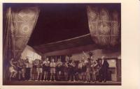 Divadelní představení 10. oddílu Hanáci 4