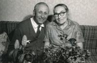 Jana a Zofie, the parents of Miloslav 1975