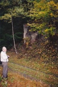 2002 in front of the former entrance to the Elias mine