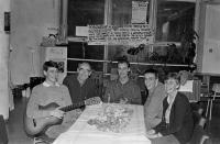 Rodina Bubeníkových prožila Štědrý večer 1989 se stávkujícím Janem v motolské nemocnici.