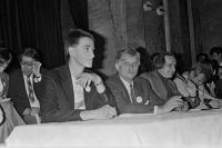Volební kampaň Jana Bubeníka před volbami do poslanecké sněmovny ČSR, červen 1990.