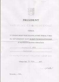 Vyznamenání podepsané gen. Svobdou
