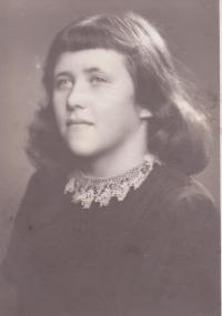 Sister of Libuše Hiemerová Božena (Kubíková)