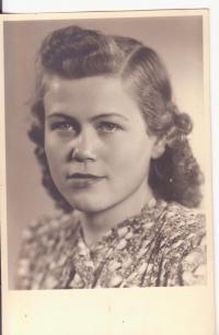 Sister of Libuše Hiemerová, Drahoslava Lošťáková