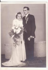 Wedding photo of her sister Drahoslava Lošťáková
