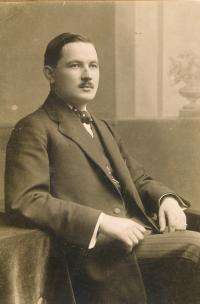 Otec Jana Skopečka