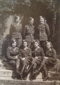 Signalwomen from the 2nd artillery regiment, Naděžda Brůhová sitting (2nd from the right), May 1945