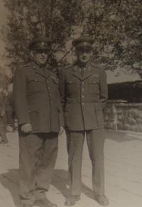 Antonín Bukový vpravo