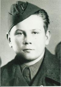 Josef Andres v československé uniformě