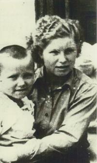 Vanda Biněvská and her brother Kazimir Morozovič