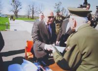 Vasil Coka při setkání s prezidentem Václavem Klausem v Hrabyni