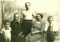 Rodinná fotografie (1942)