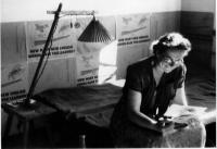 Jarka Maiwaldova-Kreysov v Ludwigsburg táboře, léto 1950