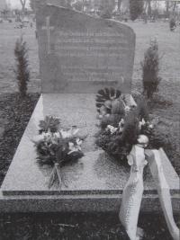 Memorial of Germans killed in May 1945, Šternberk (in the local graveyard)