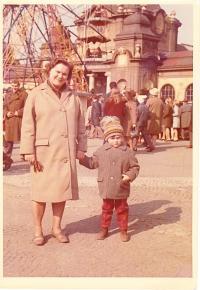 O.Černý with grandmother