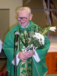 Priest František Pevný celebrated his 85th birthday on 15th February 2006 in Brno - Lesná parish