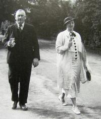 Parents of Milan Uhde's mother, 1936
