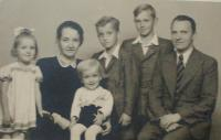 Family (Antonín in the middle)