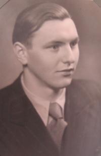 Young Jan Aust