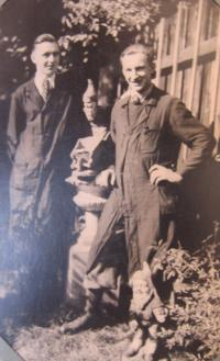 Jan Aust with the German apprentice, who turned him in to the police