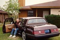 Před svým domem v Michiganu (1993)