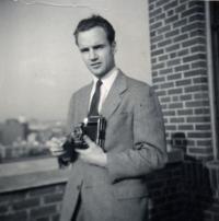 Péter Nikolits, New York, 1957