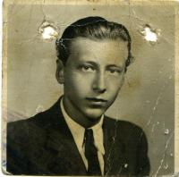 Young Kamil Šubert, the father of Kamil Černý