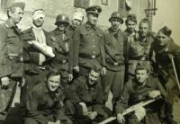 Josef Hasinec in the middle as SS commander during shooting of the movie Matka
