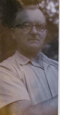 Father of Luděk Dembovský