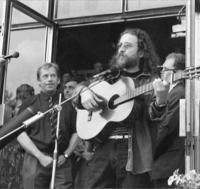 Concert in demonstation at Letná in the 1989