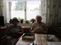 Ingeborg Bahrová with her sister Frieda