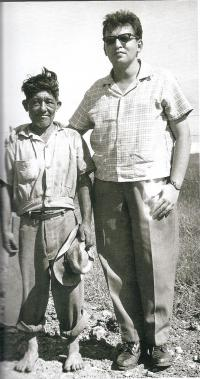 Cuba, about 1962, M. Stingl with the Yatera Indian