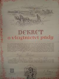 Decree on the ownership of land