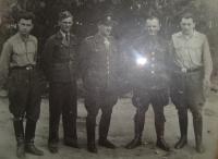 Left: Josef Holec, center: the station commander, far right: Václav Janko