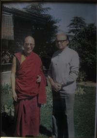 Josef Kolmaš and the 14th Dalailama, Dharamsala 1969