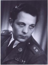 Mikuláš Hulín na konci druhé světové války (1945)