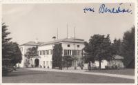 The residence of the president Beneš in Sezimovo Ústí (with the autograph of Hana Benešová)