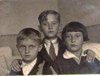 Boris Masník with his brothers