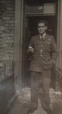 Jiří Pavel Kafka in RAF