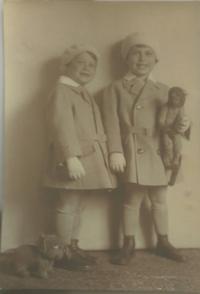 Jiří Pavel Kafka and his brother (2)