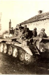 The attack on Dunkerque with Cromwell tanks; October 28, 1944