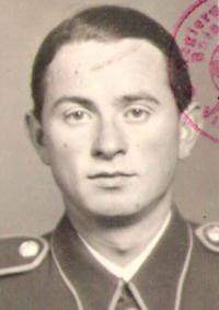 Dalibor Knejfl, 1944